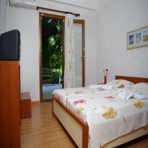 Room 104 - Ground Floor